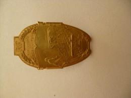 Médaille Avec Attache Membre Du Jury Par Christofle. Ministère De L´Agriculture. Doré - Francia
