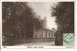 V306-5.  BROMLEY PARISH CHURCH. - London Suburbs