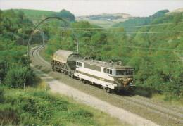 CPM LE RAIL USSELLOIS BB 9467 ENGAYRESQUE -SEVERAC Le CHATEAU 12 (n° 100) - Trenes