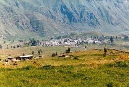 1 AK * Peru * Blick auf Cabanaconde - ein typisches Andendorf am Rend des Colca Canyons gelegen *