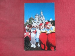 Disneyland    Alice In Fantasyland - Ref 1488 - Disneyland