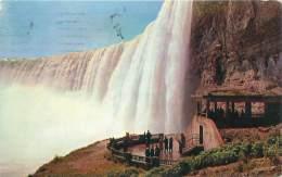 ONTARIO - Niagara Falls - Plaza Below Horseshoe Falls - Chutes Du Niagara
