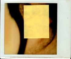 PHOTO AMATEUR...SEXE D'HOMME..  DOS VIERGE     QUI RECONNAITRA?. - Photos