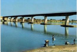 Afrique - Tchad - pont de Manda sur le Bahr Sara (moyen Chari)