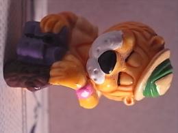 1 Figurine -  Lion - Action- Und Spielfiguren