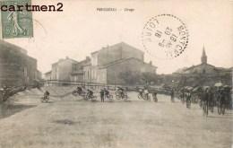 COURSE DE VELO TOUR DE FRANCE PANISSIERES VIRAGE CYCLISME SPORT - Francia