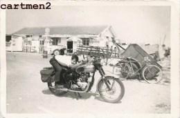PHOTOGRAPHIE ANCIENNE : MOTO MOTARD CAFE DE L'AVENIR - Ohne Zuordnung