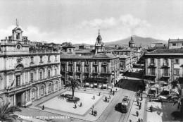 catania: piazza universita tram