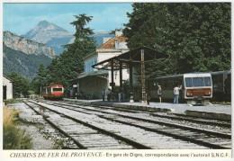 04 - DIGNE - En Gare De Digne, Correspondance Avec L'autorail SNCF - Chemins De Fer De Provence - JC A103 - Digne