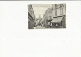 Paray-le-Monial  71    La Rue Du Perrier Tres Animée-Epicerie-Boucherie-Café Et Attelage - Paray Le Monial