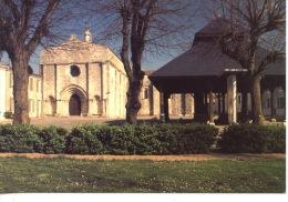 Ile D´Oléron - Saint Georges : L´église Façade Romane & Halle N°705 Europ - Ile D'Oléron