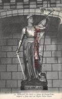 17 - MARANS -  Statue De Jeanne D'arc  - 2 Scans - Francia