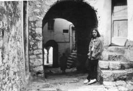 Photo Originale De Presse - Chanteur  - Francis  CABREL  à  ASTAFFORT  En 1981 - Berühmtheiten
