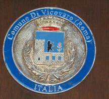 FERMACARTE METALLICO SMALTATO DEL COMUNE DI VICOVARO ROMA - Fermacarte