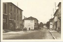 SAINT SYMPHORIEN DE LAY - Route De Roanne - France
