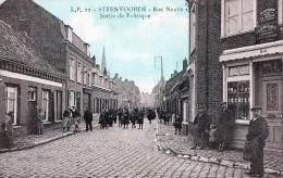 [59] Nord> Steenvoorde Rue Neuve Sortie De Fabrique - Steenvoorde