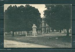 FERRIERES: La Place Publique, Gelopen Postkaart 1925 (GA17360) - Belgique