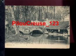 """91 Essonne -  CROSNES - """" Le Lavoir Et Un Pont Sur Yerres - Lavandières """" - Crosnes (Crosne)"""