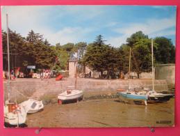 Carte Pas Très Courante -17 - Ile D´Aix - Le Port Et L'Entrée - Neuve Excellent état - Recto-verso - France