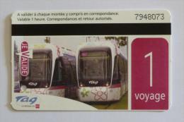 Ticket TAG Grenoble (38/Isère) - Ticket 1 Voyage Bus Tramway - Vue De 2 Rames De Tram - Tram