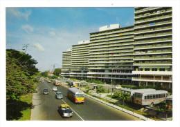 SINGAPOUR  /  SINGAPORE  /  OUTRAM PARK , NEW MULTI-STOREYED FLATS  ( Autos + Autobus ) - Singapour