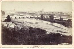 PHOTO ALBUMINEE AVANT 1900 - FORMAT 11 X 16 Sur Carton - 37 - INDRE ET LOIRE - TOURS - VUe Générale - Photos