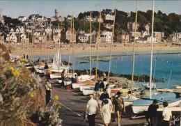 Cp , 22 , PLÉNEUF-VAL-ANDRÉ , Le Port De Plaisances Et Les Dériveurs - Pléneuf-Val-André