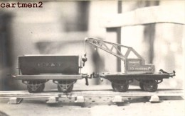 CARTE PHOTO : FOURGON TOMBEREAU ETAT ET GARE 10 TONNES HORNBY JEU JOUET TOY Dinky Toys JEP NOREV MINALUXE SCHUCO - Wagons