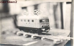 CARTE PHOTO : LOCOMOTIVE TRAIN B.B. TYPE 8000 JEP EXPOSITION JEU JOUET TOY Dinky Toys JEP NOREV MINALUXE SCHUCO - Locomotives