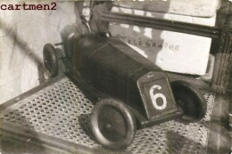 CARTE PHOTO : VOITURE DELAGE 1930 EXPOSITION JEU JOUET TOY Dinky Toys JEP NOREV MINALUXE SCHUCO - Voitures, Camions, Bus