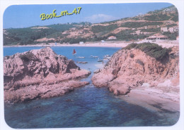 (55533) 20 2A Corse Du Sud Ruppione , Face à La Mer Encombrée D' îlots Rocheux , Un Littoral Conquis Par L' Urbanisation - France