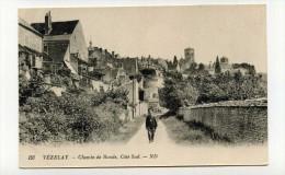 CP , 89 , VEZELAY , Chemin De Ronde - Vezelay