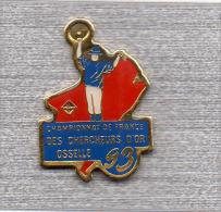 Pin´s  Sport, Championnat  De  France  Des  Chercheurs  D´OR  1993, à  OSSELLE  ( 25 ) - Médias