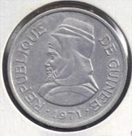 Guinée 5 SYLIS 1971 - Guinea
