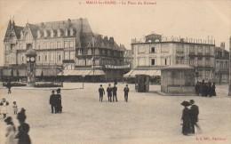 59 MALO-les-BAINS   La Place Du Kursaal - Malo Les Bains