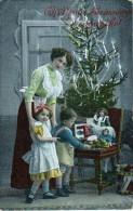 AK WEIHNACHTEN KINDER SCHÖNE JUNGE MÄDCHEN Weihnachtsbaum Mit Spielzeug Und Geschenk- Nr.1440/5.ALTE POSTKARTEN 1915 - Weihnachten