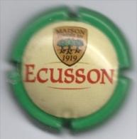 Plaque / Capsule De Muselet  - Cidre Ecusson - Maison Fondée En 1919 - [vert & Jaune] - Capsules & Plaques De Muselet