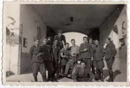 FOTOGRAFIA - MILITARI - INGRESSO CASERMA - 1940 - Vedi Retro - Guerra, Militari