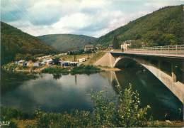 """CPM - ALLE-sur-SEMOIS - Le Pont Et Terrain De Camping De """"l'Ami Pierre"""" - Vresse-sur-Semois"""