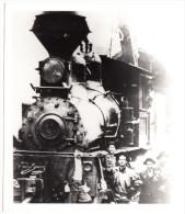 STEAM-LOCOMOTIVE (No. 11) - Railroadworkers - USA??? - Trains