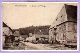 25 - FUANS --  Le Centre Du Village - Altri Comuni