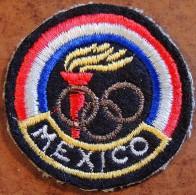 Ancien Petit écusson à Coudre Des JO De Mexico En 1968 - équipe De France - Habillement, Souvenirs & Autres
