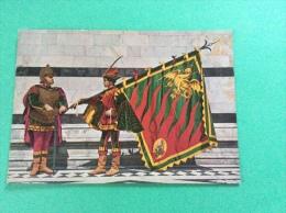 Le storiche contrade di SIENA - Duce e Paggio Maggiore del Drago - cartolina FG C NV