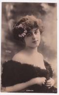 Robinne, épaules Nues émanant De La Fourrure - Photo Reutlinger, Circulé 1905, Papeir Glacé - Altri Fotografi