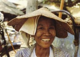 Phitsannulok Market-woman - Thailand