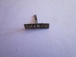 6 AGRAFFES FRANCE POUR BARETTE DE DECORATION - France