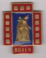 Insigne Broche émail  Pelerinage  Ville Rouen - Religión & Esoterismo