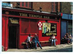 Cpm DUBLIN  ; Street Scene In The Temple Bar Area Of Dublin - Dublin