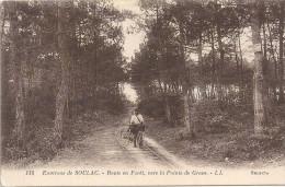 Environs SOULAC - 33 - Route En Foret Vers La Pointe De Grave - VAN - - Soulac-sur-Mer