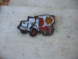 Pin´s Camion Transport De Béton, Toupie Orsa Béton - Transportation